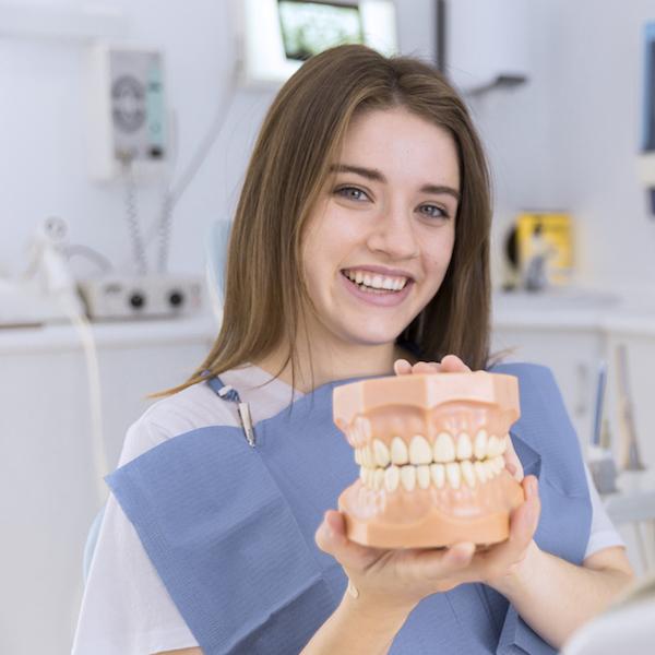 Mejora tu sonrisa con Invisalign, la ortodoncia invisible